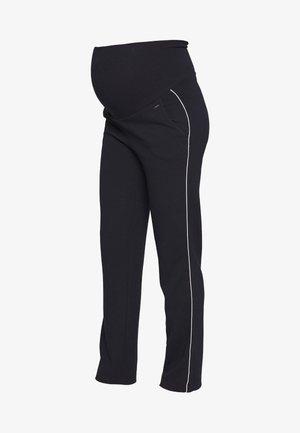PANTS TRAVELLER FLARED - Pantalones deportivos - navy