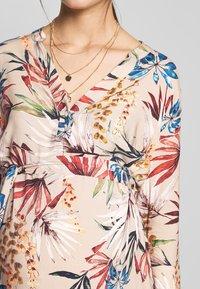 LOVE2WAIT - SHIRTDRESS FLOWERDESSIN - Sukienka letnia - multi-coloured - 4