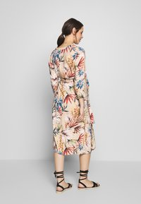 LOVE2WAIT - SHIRTDRESS FLOWERDESSIN - Sukienka letnia - multi-coloured - 2