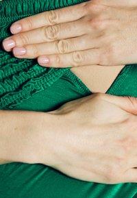 LOVE2WAIT - NURSING SMOCK - Top - green - 3