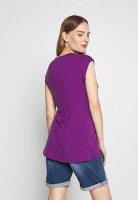 LOVE2WAIT - NURSING CROCHET - Camiseta estampada - purple - 2