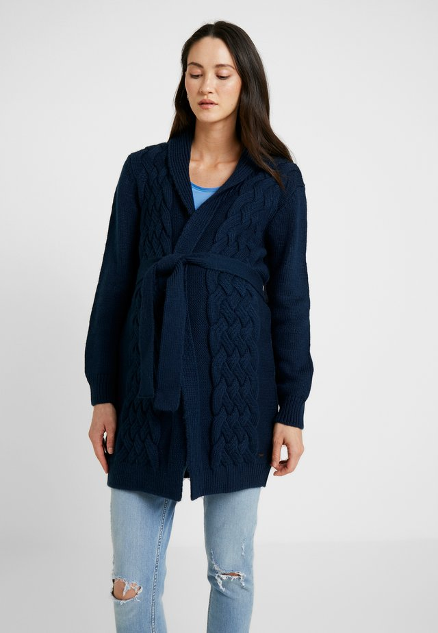 CARDIGAN CABLE - Strickjacke - navy
