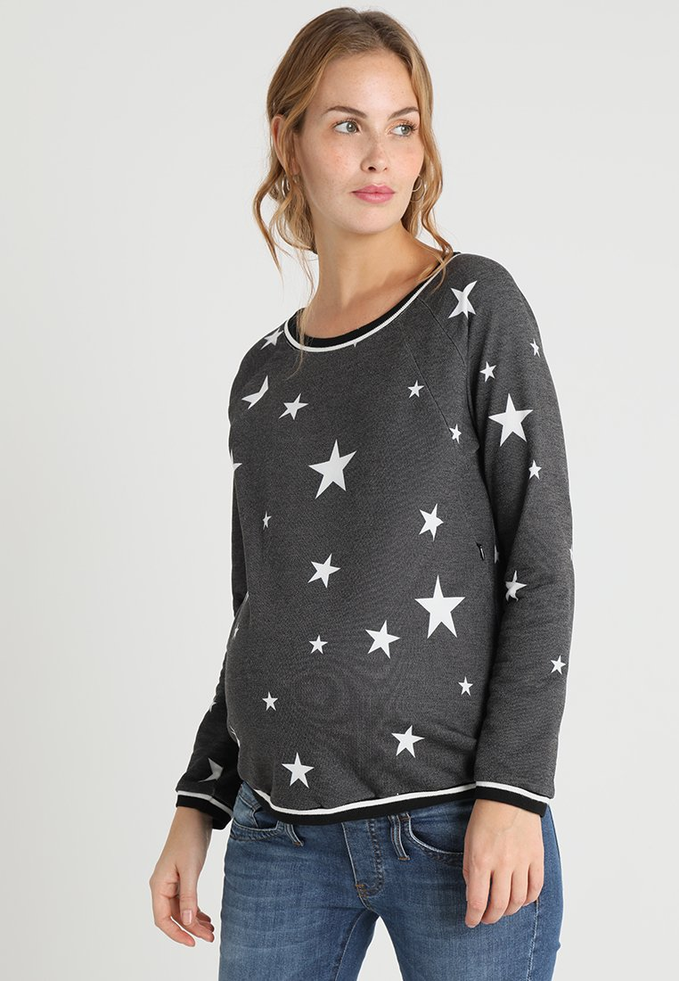 LOVE2WAIT STARS- Sweatshirt black