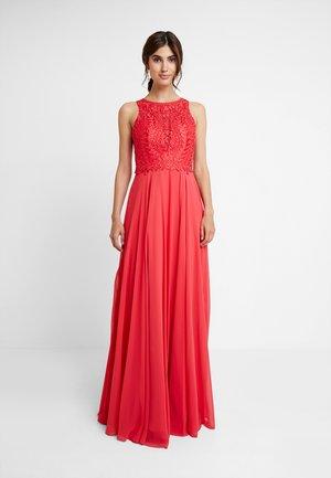 Společenské šaty - coralle