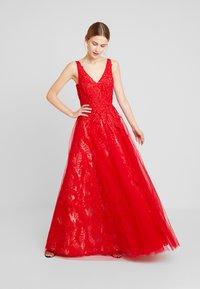 Luxuar Fashion - Společenské šaty - rot - 2