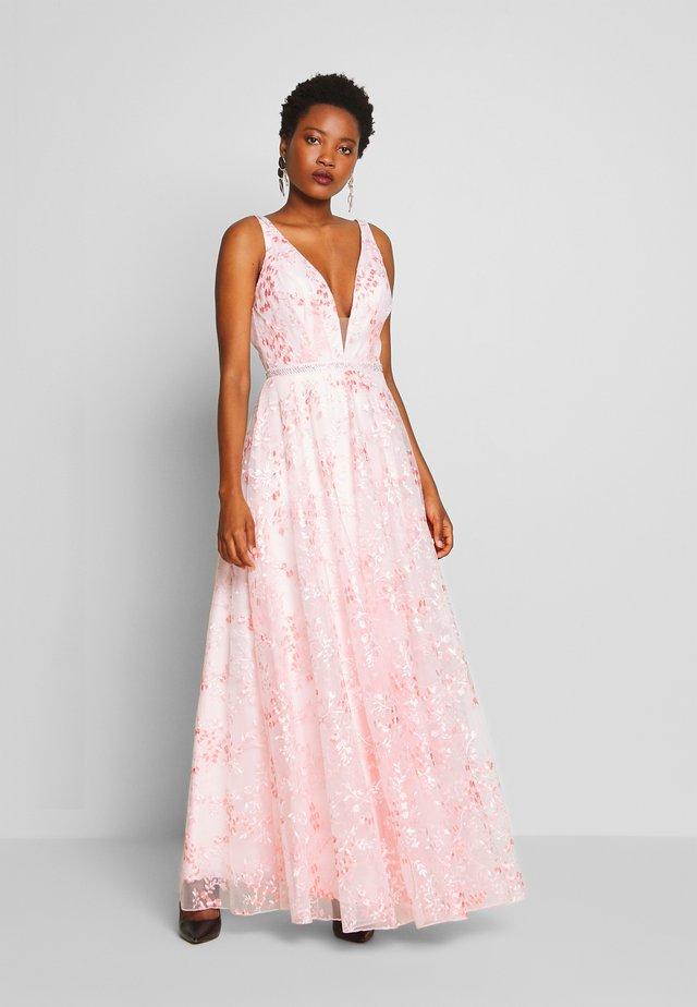 Suknia balowa - rosé/coral