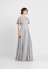 Luxuar Fashion - Abito da sera - silber grau - 1