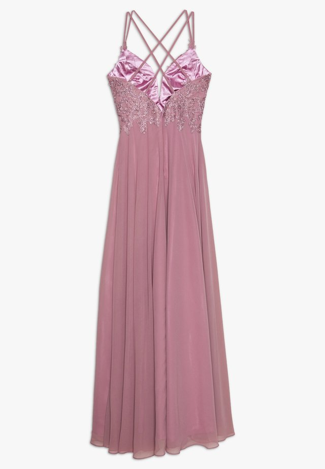 Occasion wear - rouge