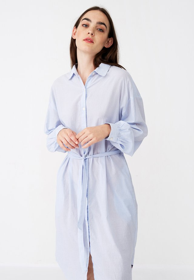 RENEE SHIRT DRESS - Skjortekjole - blue/white stripe