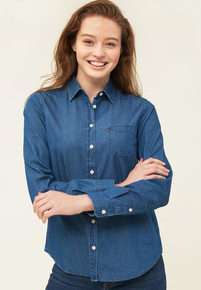 EMILY  - Skjorte - medium blue denim