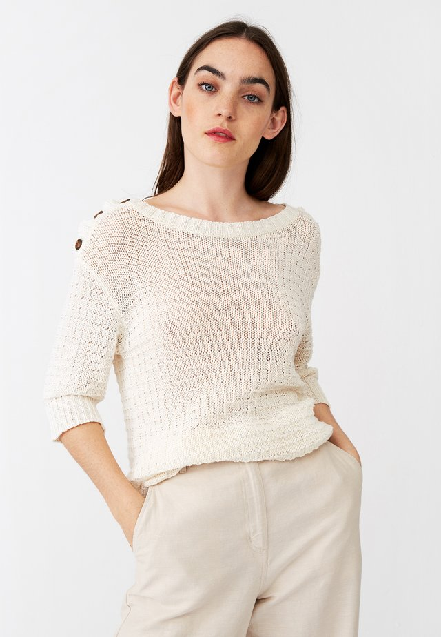 TARA TAPE - Stickad tröja - offwhite