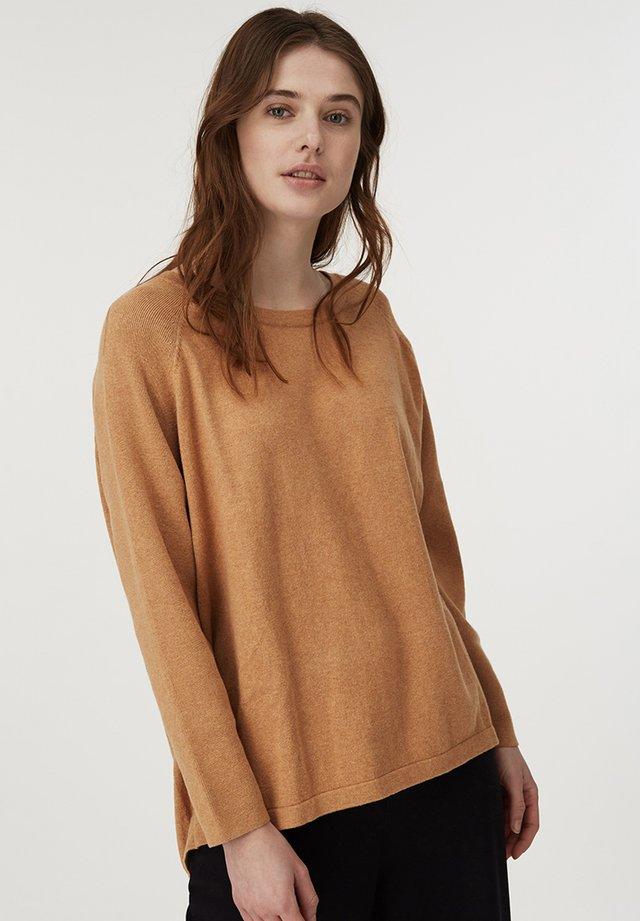 LEA  - Stickad tröja - beige melange