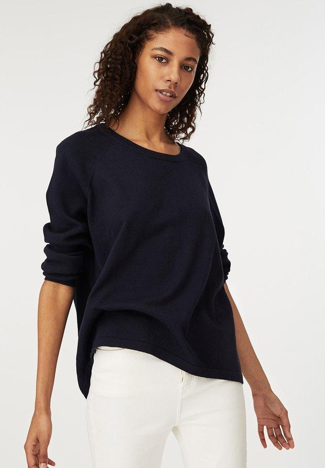 LEA  - Stickad tröja - dark blue
