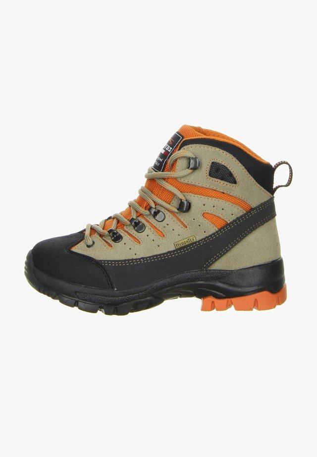 Mountain shoes - orange