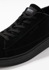 Lyle & Scott - SHANKLY - Sneakers - true black - 5