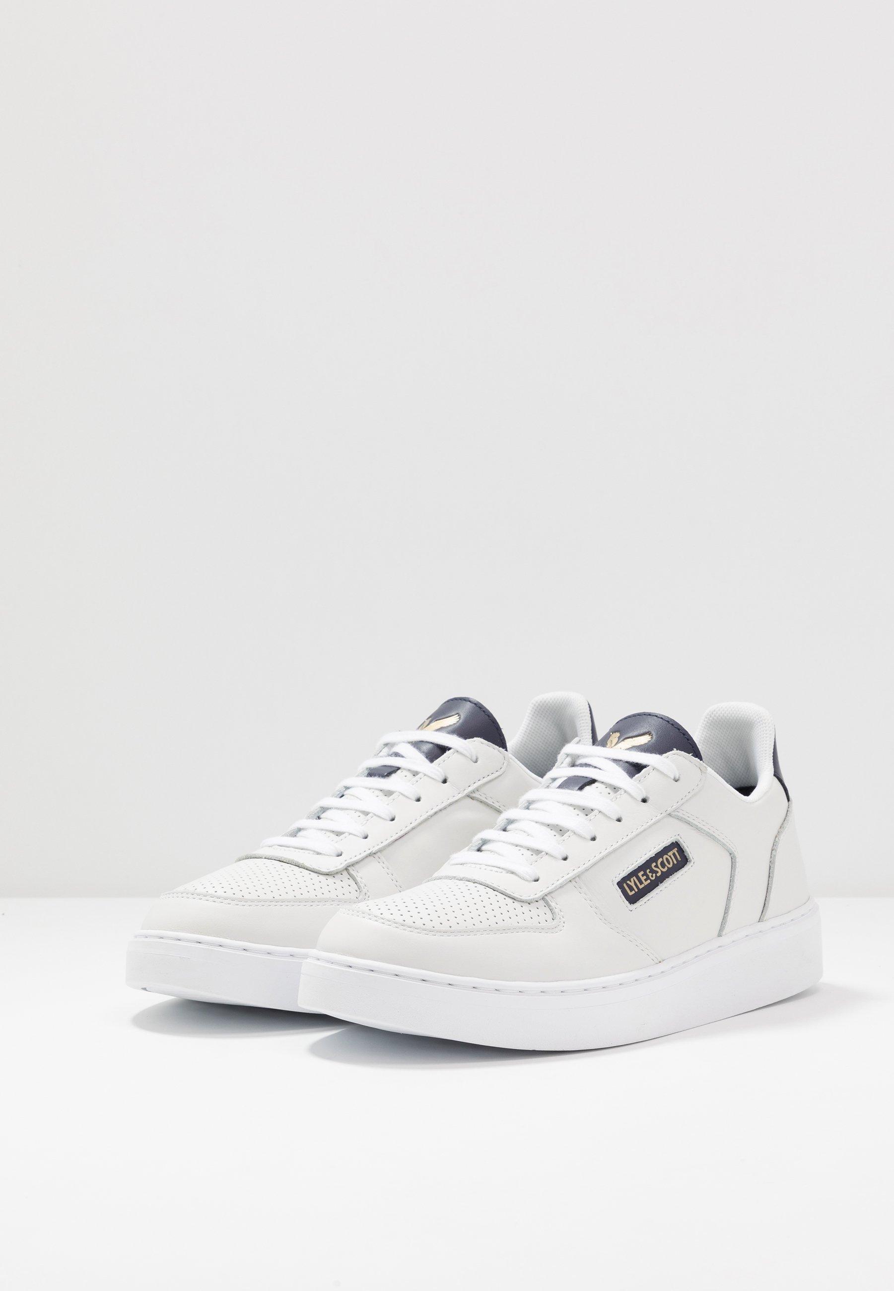 Lyle & Scott MCMAHON - Sneakersy niskie - white/dark navy