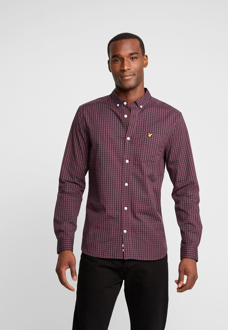 Lyle & Scott - SLIM FIT GINGHAM  - Skjorta - berry/true black