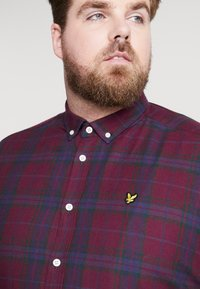 Lyle & Scott - PLUS CHECK - Skjorte - burgundy - 5