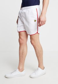 Lyle & Scott - PIPING - Shorts - white - 0