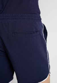 Lyle & Scott - PIPING - Shorts - navy - 3