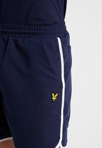 Lyle & Scott - PIPING - Shorts - navy - 5