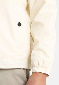 Lyle & Scott - ZIP THROUGH HOODED JACKET - Summer jacket - snow white - 5