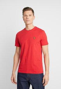 Lyle & Scott - CREW NECK - T-shirt basic - gala red - 0