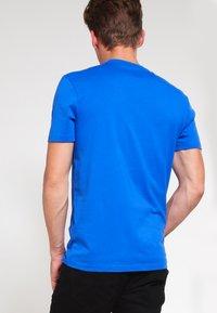 Lyle & Scott - CREW NECK - T-shirt - bas - lake blue - 2