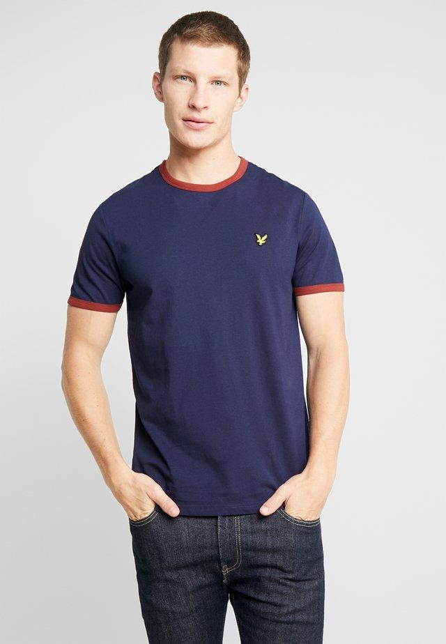RINGER TEE - T-Shirt print - navy/brick red