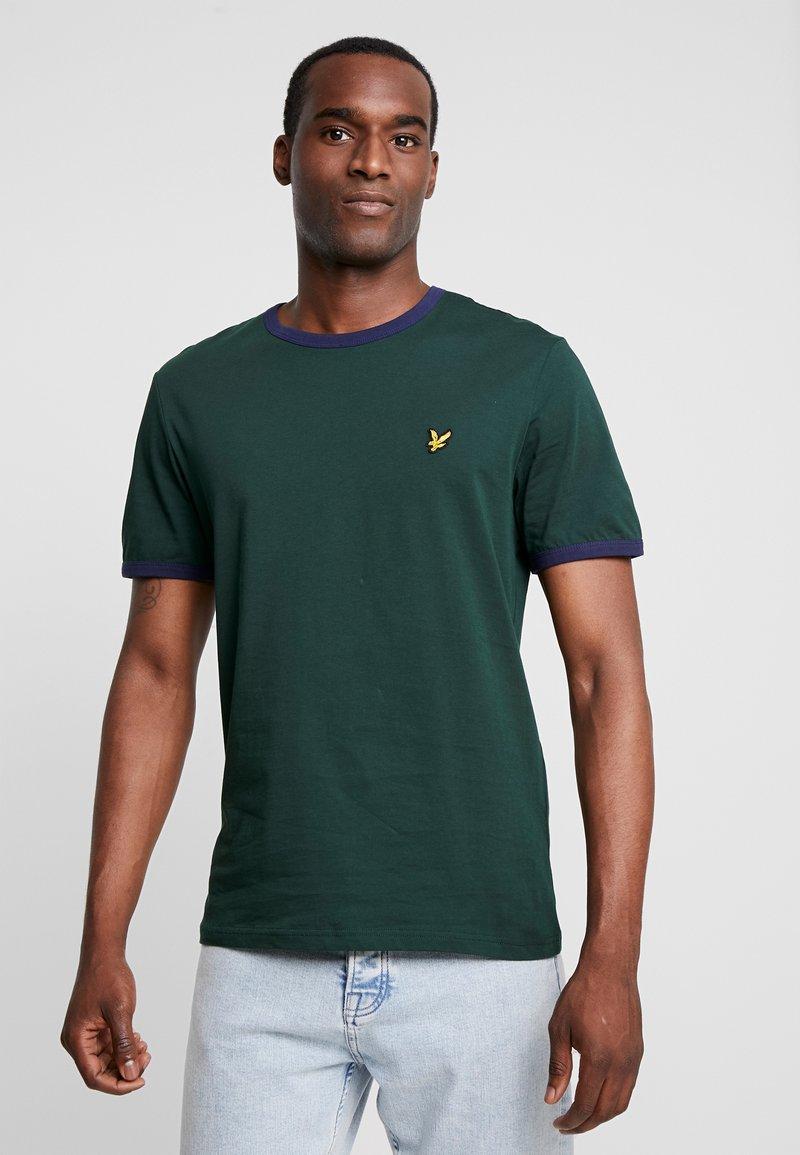 Lyle & Scott - RINGER TEE - T-Shirt print - jade green/navy