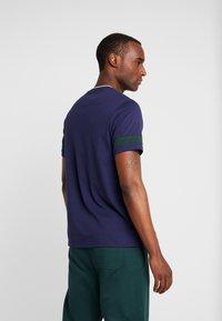 Lyle & Scott - TIPPED - T-shirt basic - navy - 2