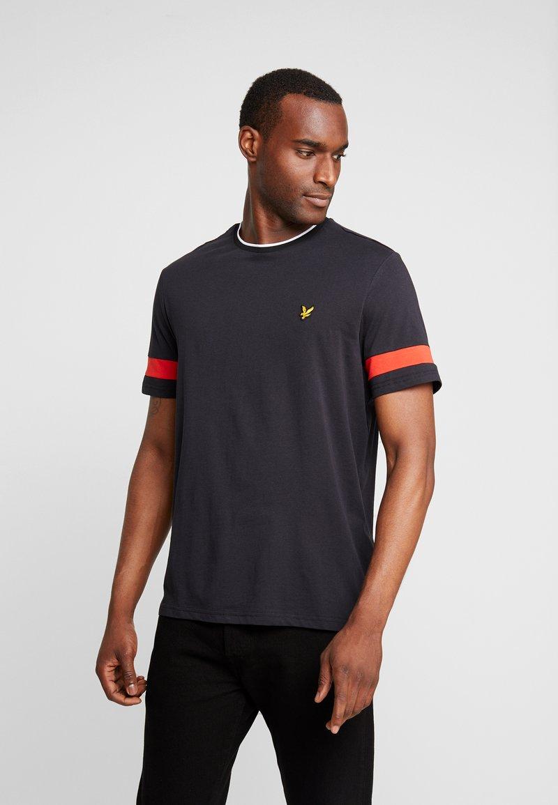 Lyle & Scott - TIPPED - T-shirt - bas - true black