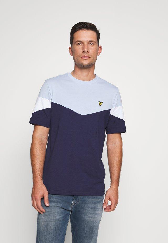 PANEL  - Print T-shirt - pool blue/ navy