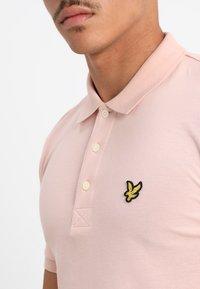 Lyle & Scott - PLAIN - Poloshirts - dusty pink - 4
