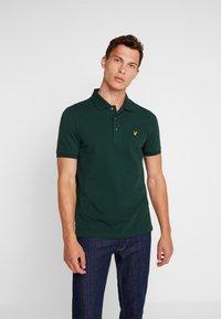 Lyle & Scott - PLAIN - Poloshirt - jade green - 0