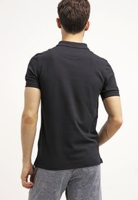 Lyle & Scott - PLAIN - Piké - true black - 2