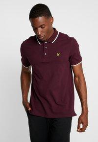 Lyle & Scott - TIPPED - Poloshirt - burgundy/white - 0