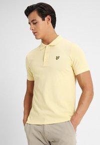 Lyle & Scott - Polo shirt - vanilla cream - 0
