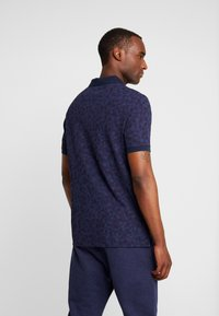 Lyle & Scott - GEO - Piké - navy - 2