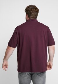 Lyle & Scott - PLUS PLAIN - Polo shirt - burgundy - 2