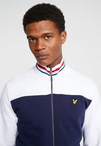 Lyle & Scott - TIPPED FUNNEL NECK - veste en sweat zippée - navy - 4