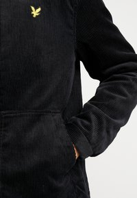 Lyle & Scott - JUMBO  - Light jacket - true black - 6