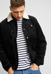Lyle & Scott - JUMBO  - Light jacket - true black - 3