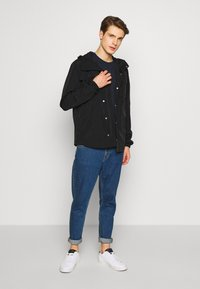 Lyle & Scott - POCKET JACKET - Blouson - jet black - 1