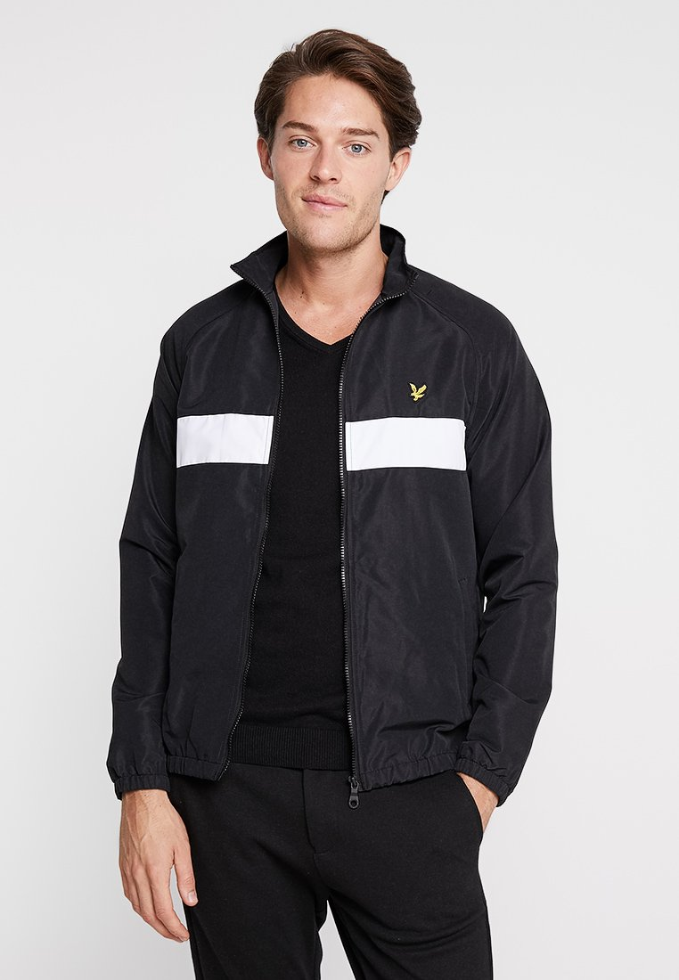 Lyle & Scott - LIGHTWEIGHT FUNNEL NECK - Leichte Jacke - true black