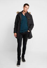 Lyle & Scott - Winter coat - true black - 1