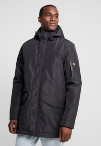 Lyle & Scott - TECHNICAL PARKA - Zimní kabát - true black - 0