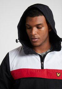 Lyle & Scott - OVERHEAD ANORAK - Trainingsvest - true black - 3