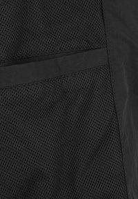 Lyle & Scott - Træningsjakker - black - 4
