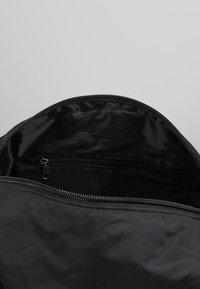Lyle & Scott - LIGHTWEIGHT BARREL - Weekendbag - true black - 4